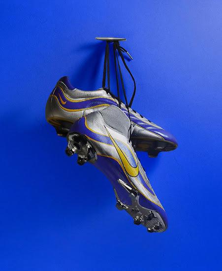 big sale 5bf7e 2fb14 Nike 1998, 2002, 2006, 2010 and 2014 Mercurial 360 ...