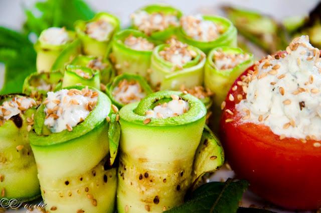 Ролца-от-тиквички-с-крем-от-сирена-Grilled-zucchini-rolls