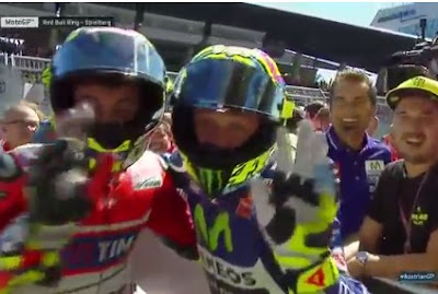 Iannone Raih Pole GP Austria, Rossi Start Kedua