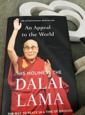 Book cover Dalai Lama - An Appeal to the world