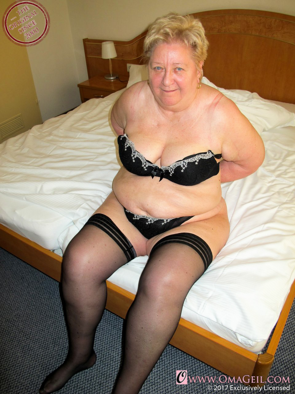 Hot Granny Porn Pictures And Vids - Free Granny And Mature -9137