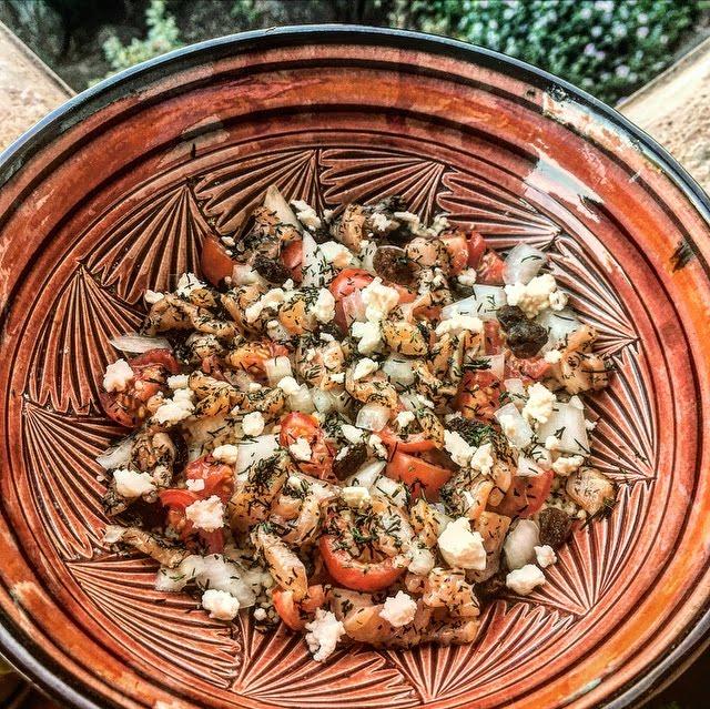 Buddha bowl healthy à la truite fumée et semoule complète
