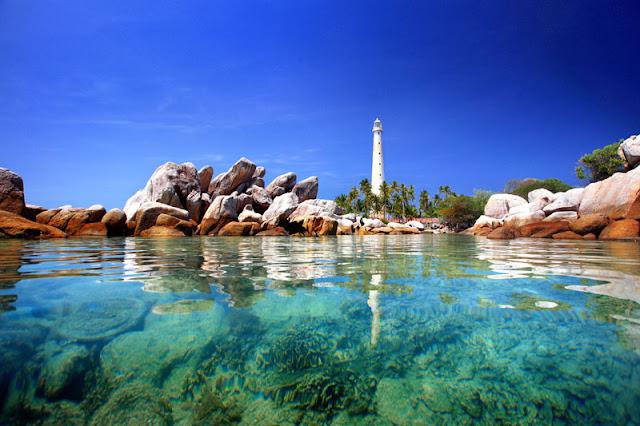 Berburu Pulau dan Pantai Indah di Belitung (Rincian Biaya Wisata)