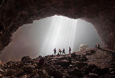 Fenomena Cahaya Surga di Goa Bawah Tanah Goa Jomblang, Fenomena Cahaya Surga di Goa Bawah Tanah