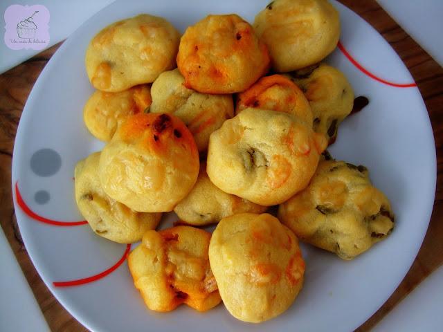 Petits beignets aux olives et au chorizo