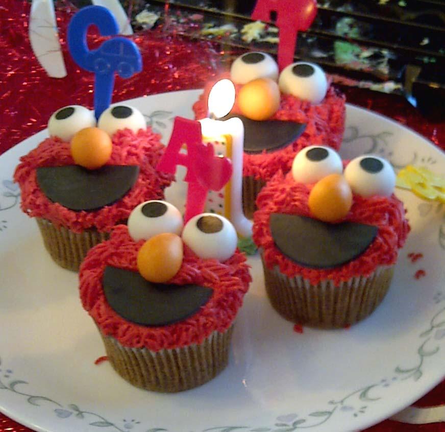 Leelabean Cakes: Elmo Birthday Party