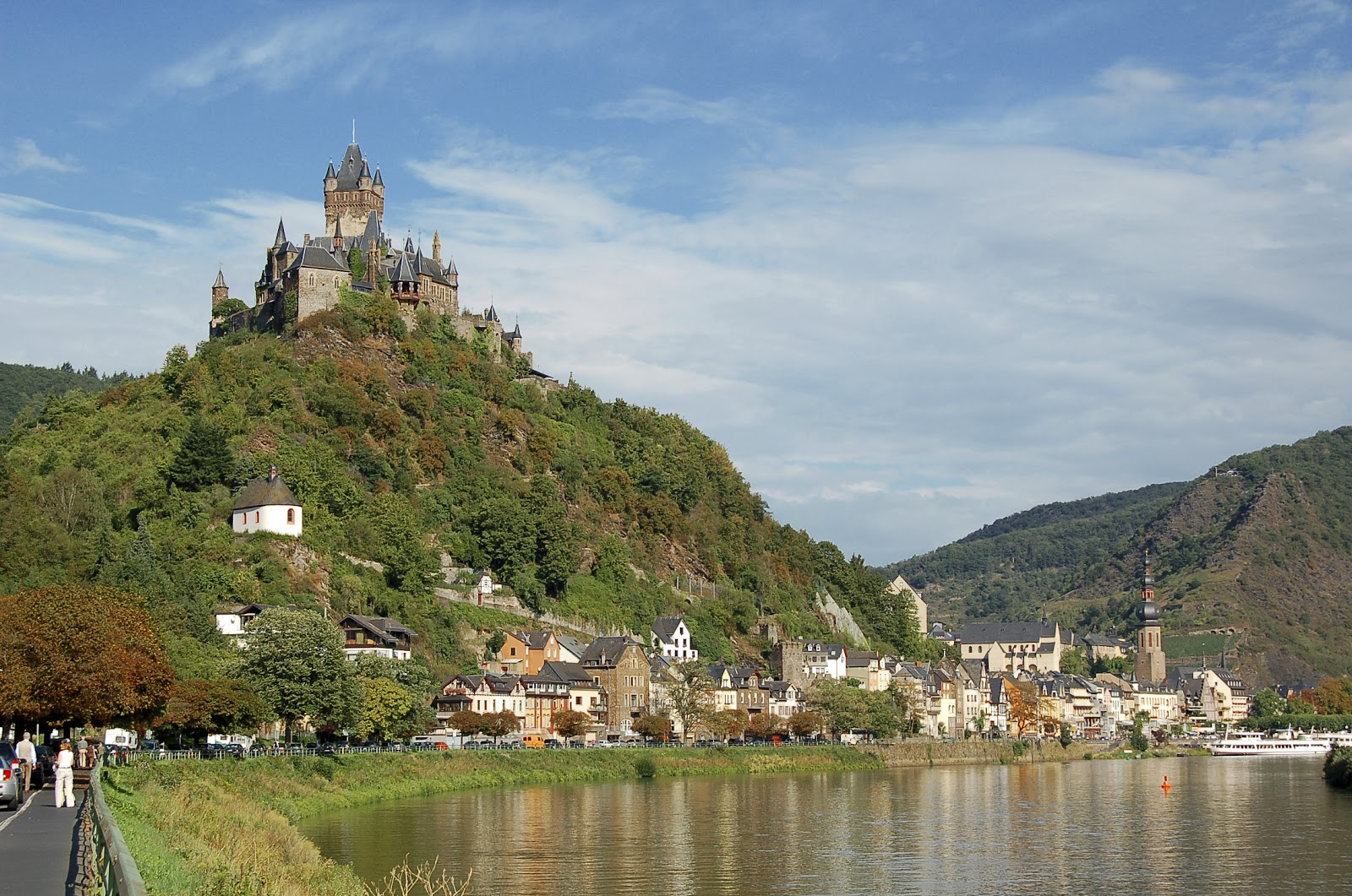 Wine themed cruise on the enchanting Rhine - Join our group