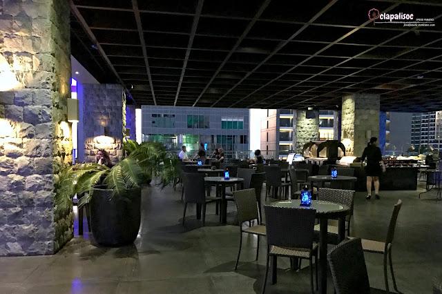 Firefly Roofdeck Bar