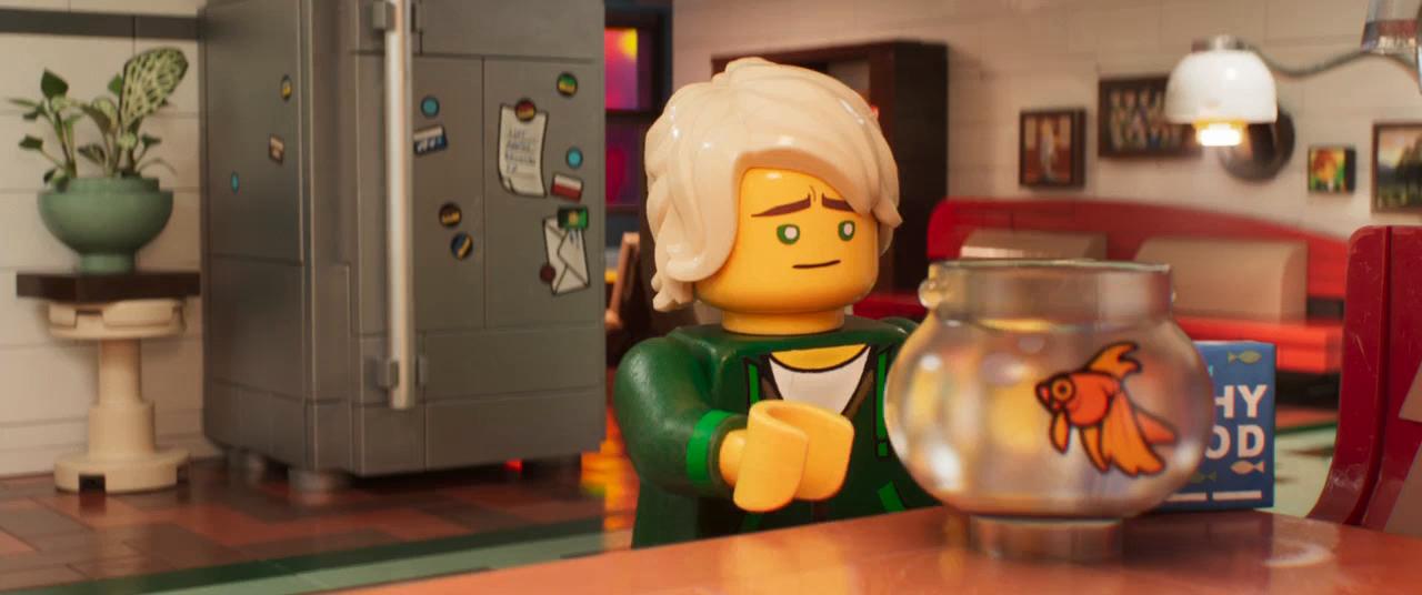 Lego Ninjago: La película (2017) BRRip 720p Latino - Ingles captura 2