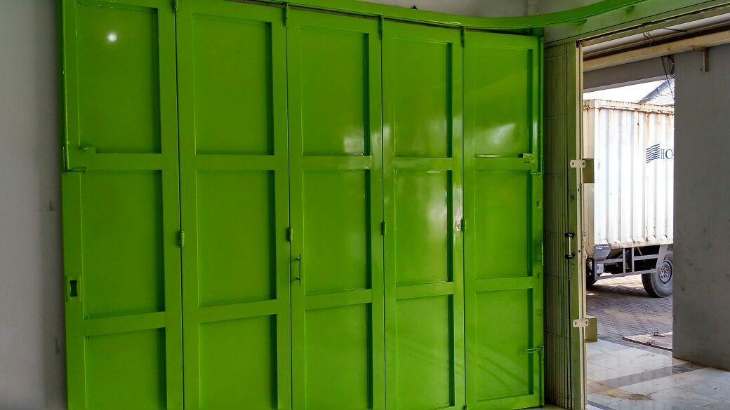 spesialis pintu lipat besi Purwakarta
