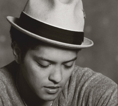 Download talking to the moon sheet music by bruno mars sheet.
