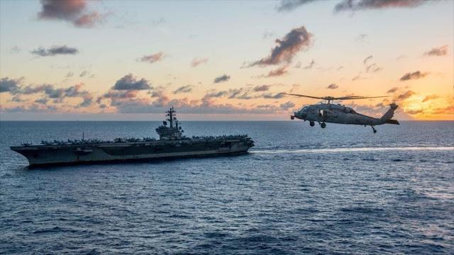 Un helicóptero se estrella contra el portaviones USS Ronald Reagan