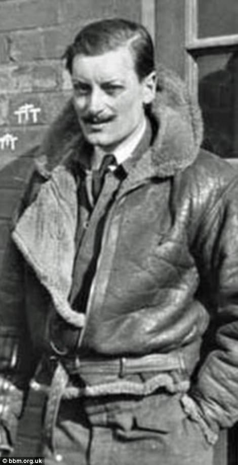 Flight Lieutenant Maurice Hewlett Mounsdon Bomber jackets worldwartwo.filminspector.com