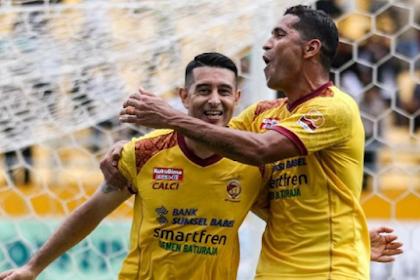 Resmi! Esteban Vizcarra dan Srdan Lopicic ke Persib Bandung