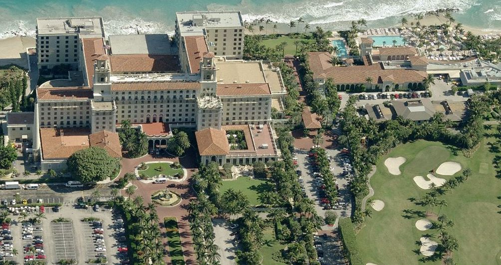 Great overhead shot of the famous Breakers Hotel and Resort in Palm Beach, Florida