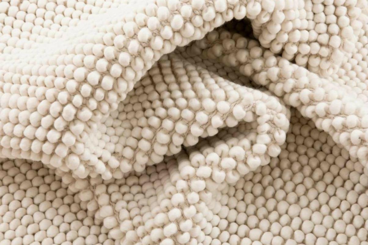Hay una alfombra para cada habitacion de tu casa diariodeco for Alfombras nudos hechas mano