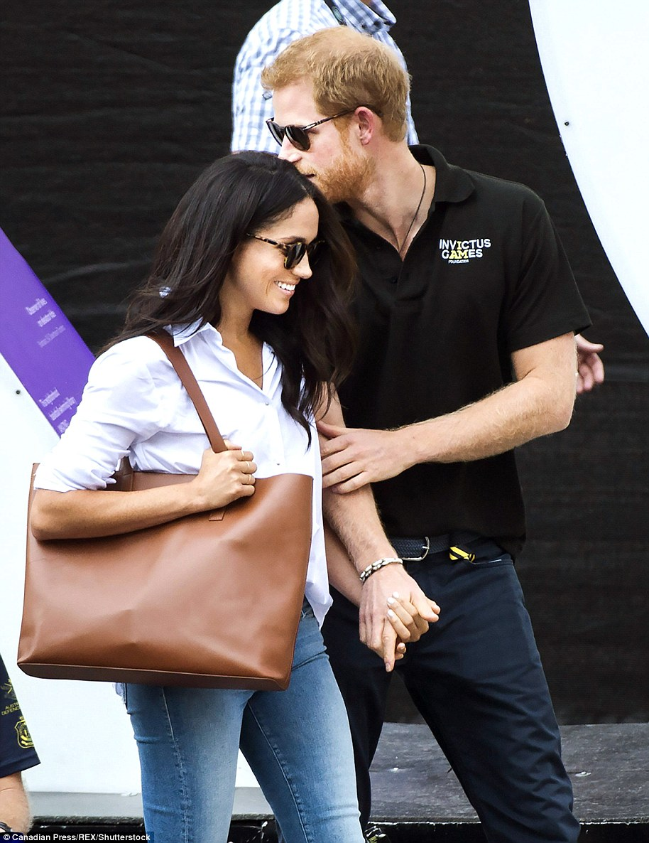 Prince Harry and Meghan Markle announce engagement!