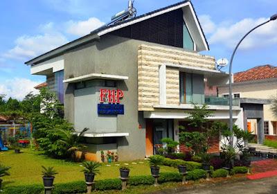 Rp 3.700.000.000 Rumah Hook Semi Furnish di Cluster Verbena Sentul City (code:117)