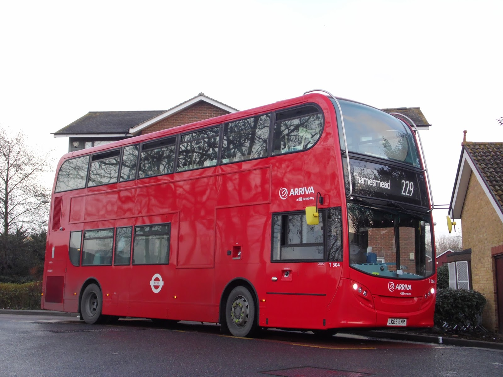 Tom London Amp Surrey Bus Blog Route 229 Observations