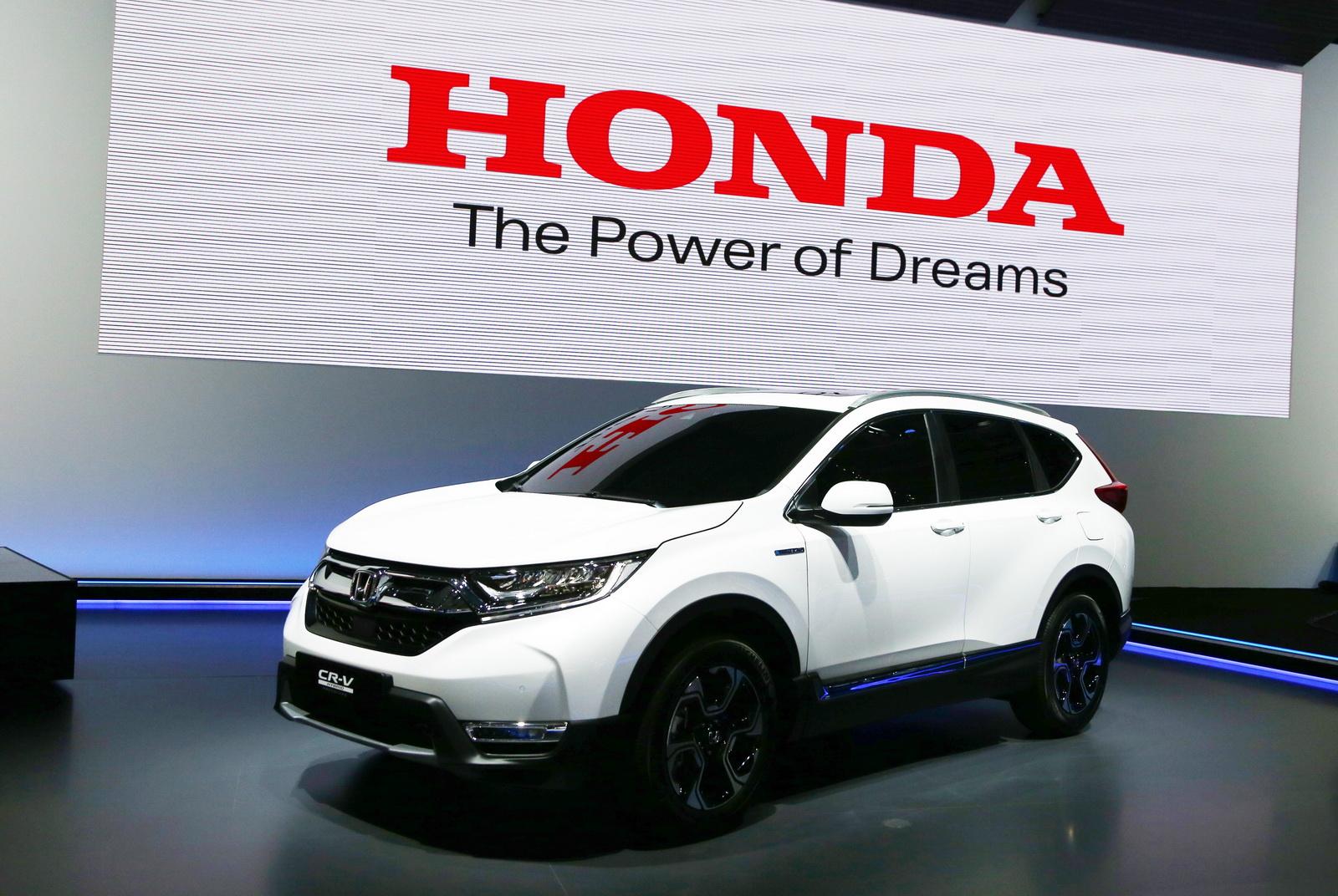 Euro-Spec 2018 Honda CR-V Joins Team Hybrid After Ditching Diesel - carscoops.com