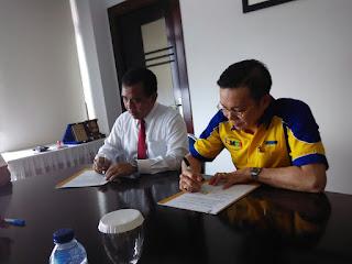 Penandatanganan Kerjasama Sofian Tjandra CEO ILMCI Group Dengan KONI
