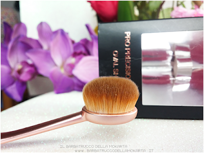 pro precision  oval brush makeup revolution review