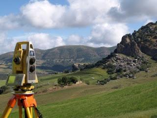 survey topografi, pengukuran proyek, alat survey