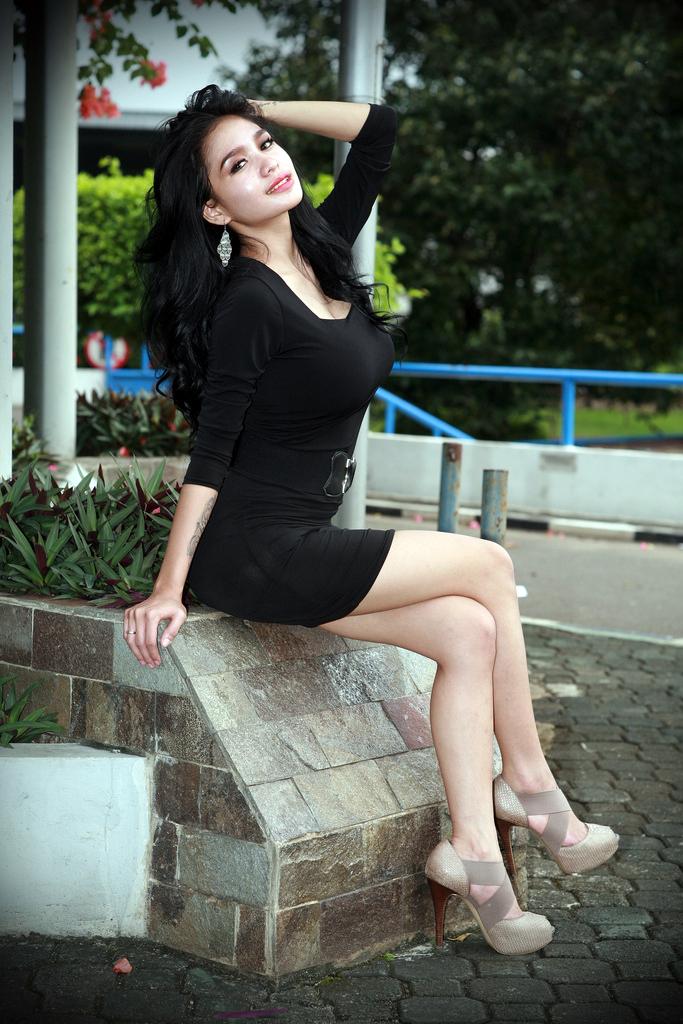 Foto Terbaru Artis pemain FTV Cewek IGO peremupan Cantik Bibie Julius Aka Nadia Ervina artis dan model FTV cantik