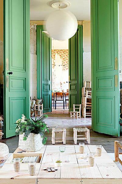 chateau francais enfilade salon