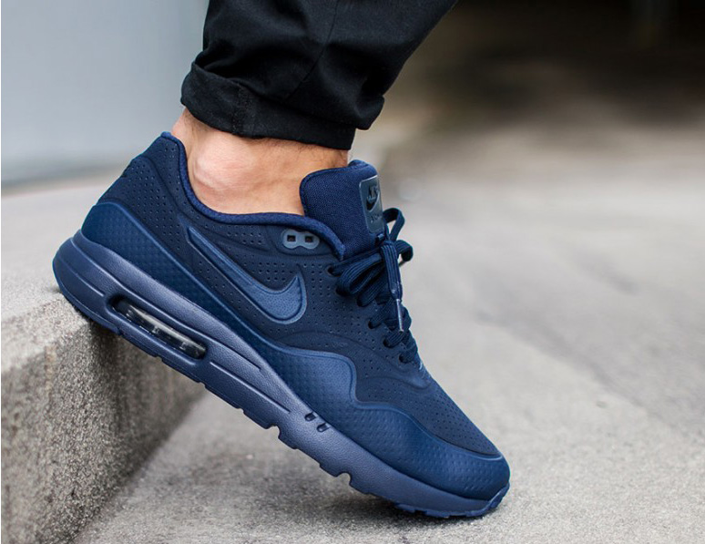 cheap for discount 60d49 53922 Coming Soon - Nike Air Max 1 Ultra Moire   Sneakersholic.com