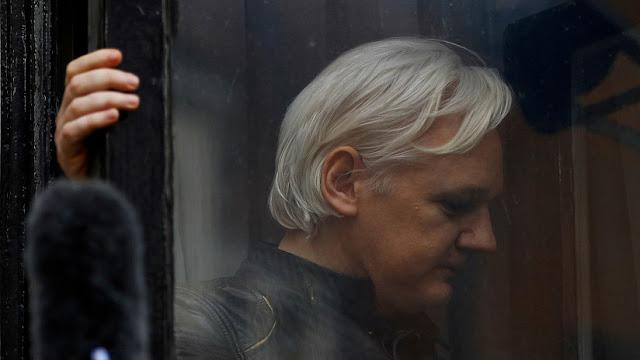 Ecuador: Jueza rechaza la medida de protección para Julian Assange