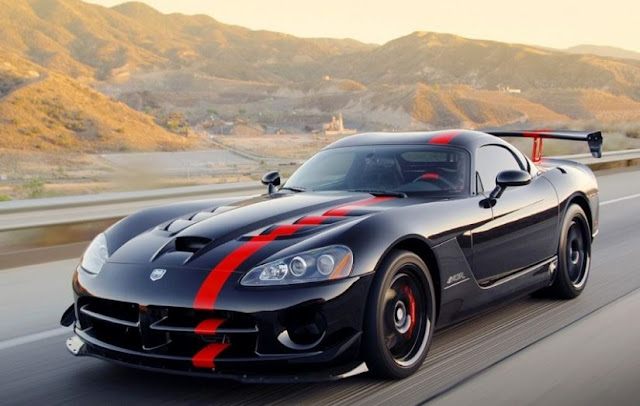 2017 Dodge Viper SRT Reviews and Price