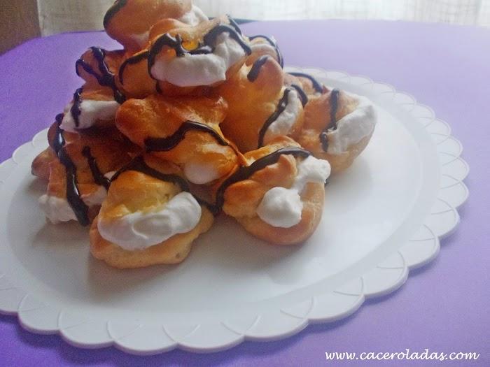 Profiteroles de nata y chocolate (pasta choux)
