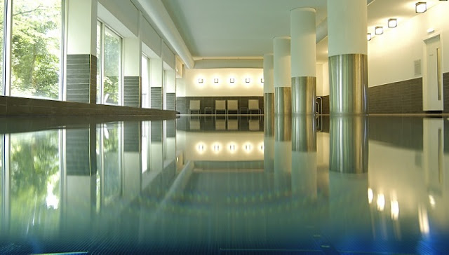 Indoor pool - Park Plaza Victoria Amsterdam
