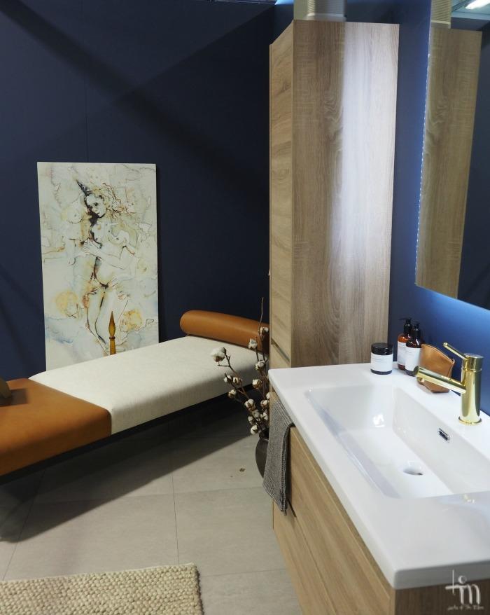 Kylpyhuoneen kalustusta Åblogitalossa Rakenna ja Sisusta -messuilla