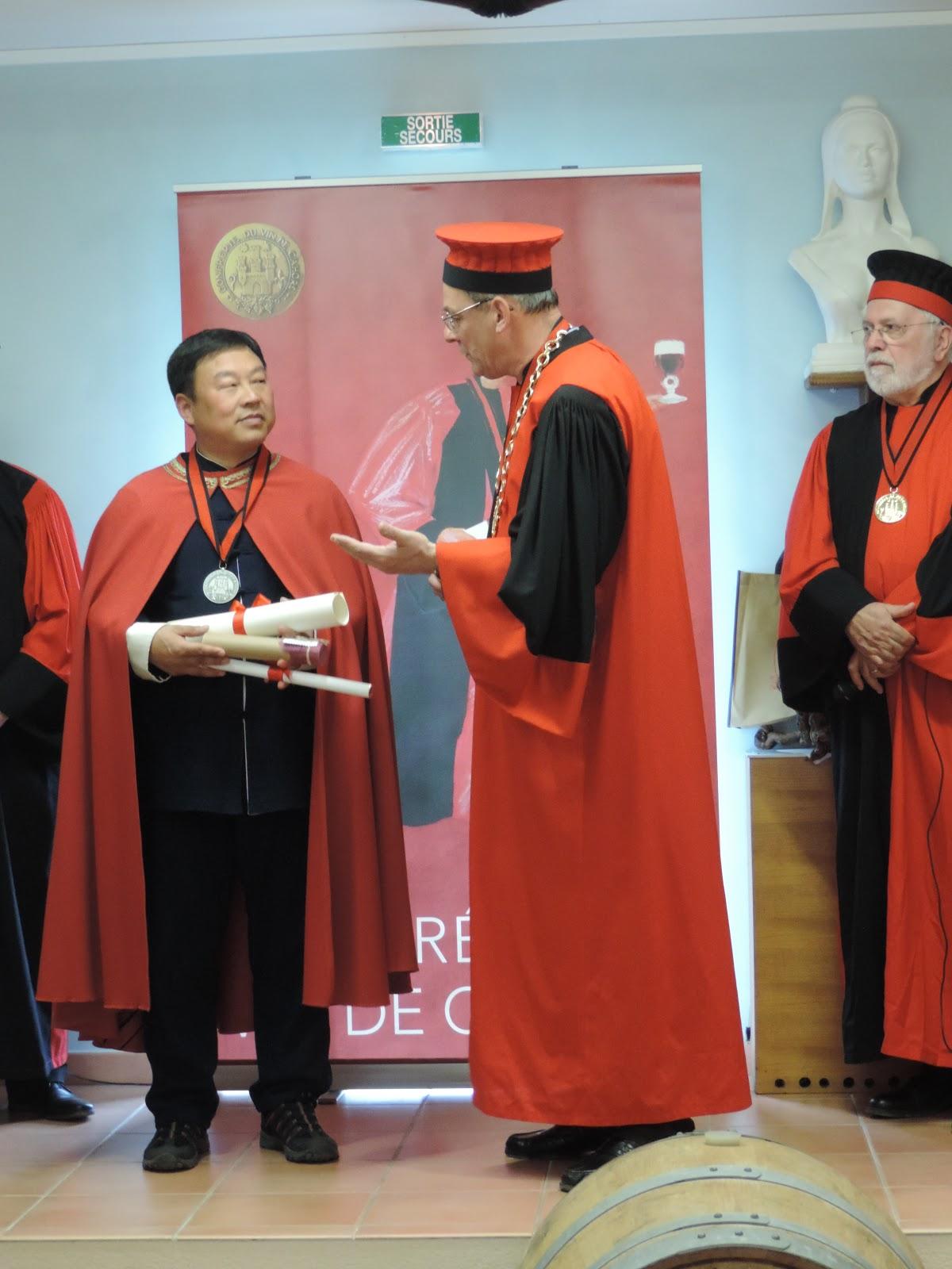 Confr rie du vin de cahors for Maitre art martiaux chinois