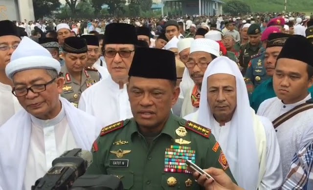 Jenderal Gatot bersama Habib Luthfi bin Yahya