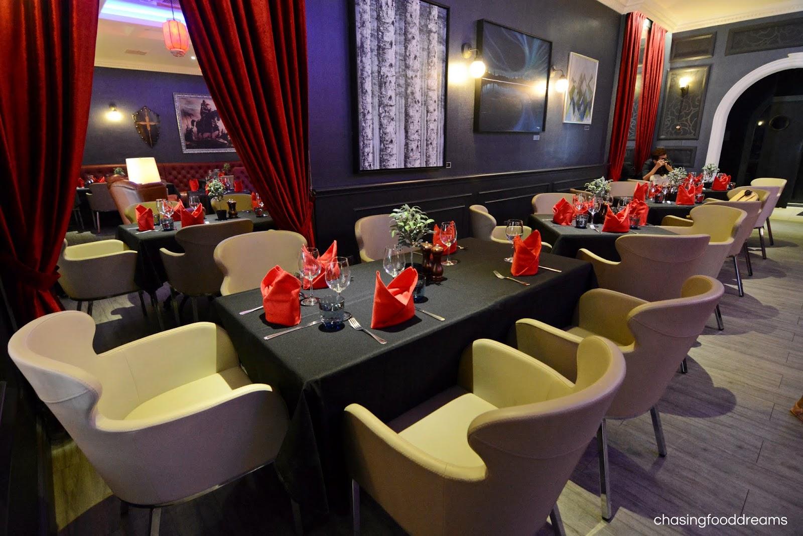 Dating lancelot restaurant