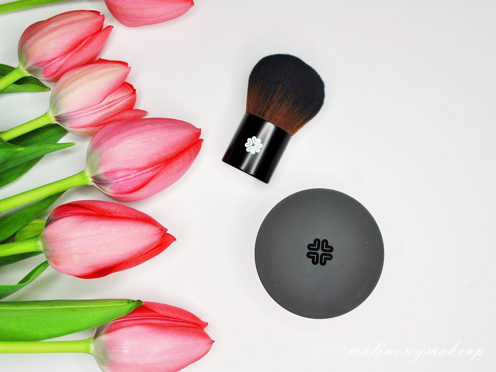 lili lolo china doll swatch podkład mineralny super kabuki recenzja pędzel