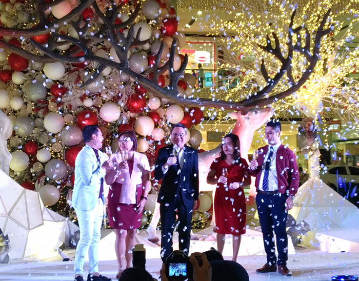 A Whirl Of Christmas Wonder At SM Lanang Premier
