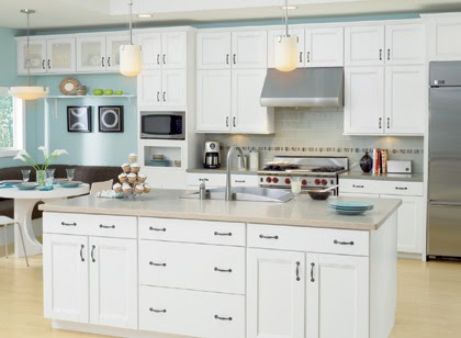 Gold notes sensible style vacation home kitchens - Pictures of white kitchens ...