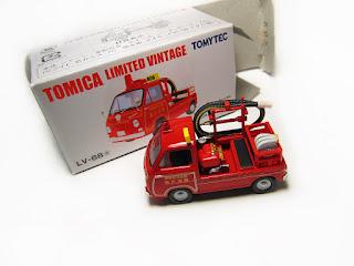 Tomica Limited Vintage LV-68a Subaru Sambar Fire