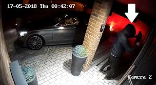 Έκλεψαν ολοκαίνουρια Mercedes μέσα σε μόλις 20 δευτερόλεπτα
