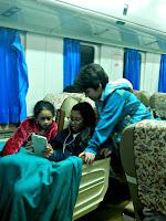 Naik Kereta Api Gajayana bawa anak