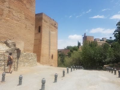 Las Torres Bermejas with La Alhambra across the way