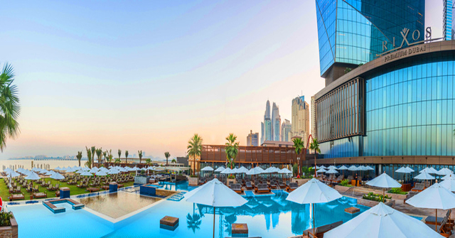 Azure Beach - Bar and Restaurant in Dubai