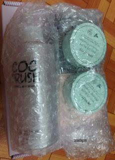 paket yang dibubble wrap