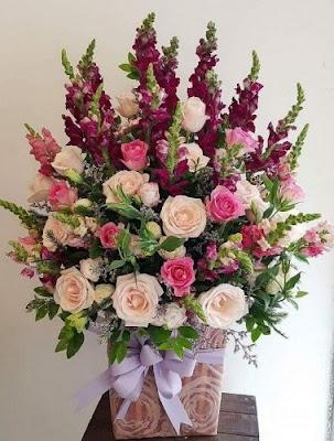 Giỏ hoa bày nhà ngày cưới đẹp bạn có thể tham khảo