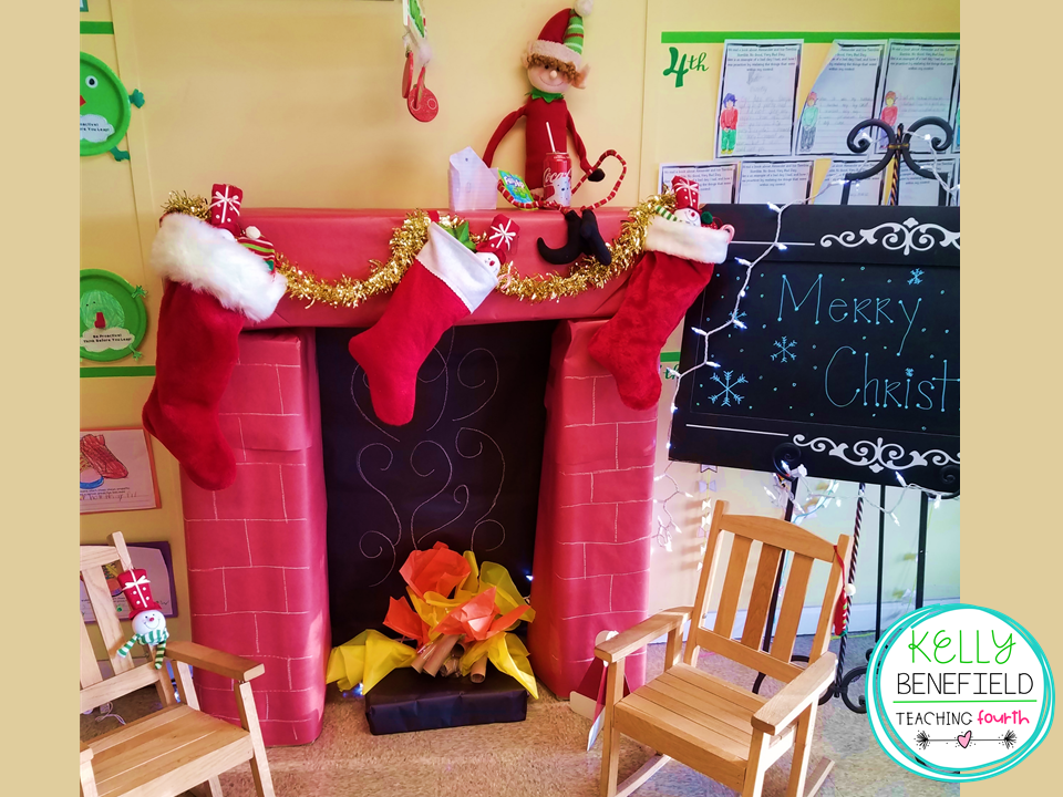 this adorable bulletin board was created by my sweet teacher friend i just love this santas clothesline bulletin board and the merry christmas undies - Christmas Bulletin Board Decorations