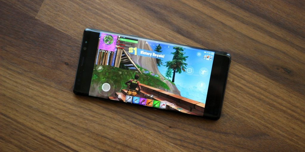 [Leaked] Fortnite Mobile Gameplay On Samsung Galaxy S9+